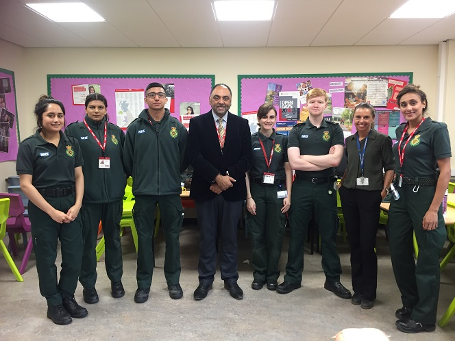 Zulfi Karim Deputy Lieutenant of West Yorkshire Visit to school